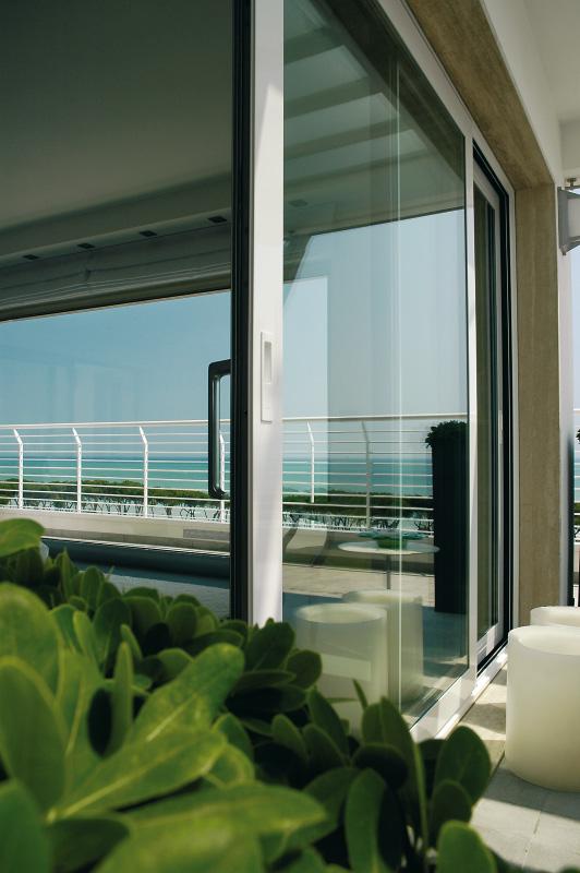finestre legno pvc alluminio folusci tolentino macerata